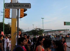 The Panamerican Highway was blocked for at least two hours.
